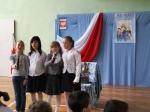 Występ dzieci ze Szkoły Podstawowej w Dobryni .jpg - miniatura z galerii zdjęć (otwórz zdjęcie w powiększonej wersji)