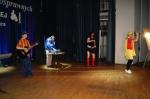 Występ mieszkańców DPS w Foluszu - miniatura z galerii zdjęć (otwórz zdjęcie w powiększonej wersji)