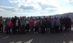 Zdjęcie grupowe na zaporze w Solinie - miniatura z galerii zdjęć (otwórz zdjęcie w powiększonej wersji)